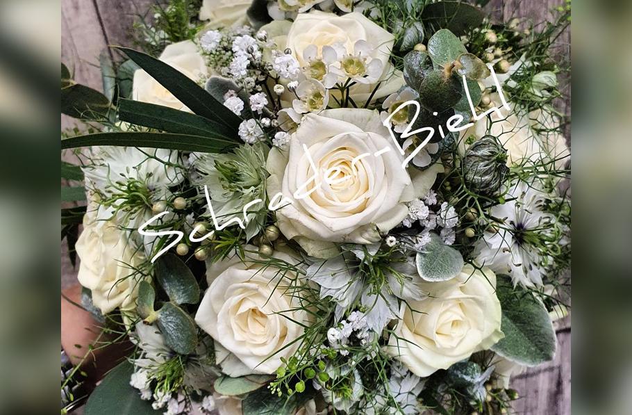 Brautstrauß - Heute in creme-weiß